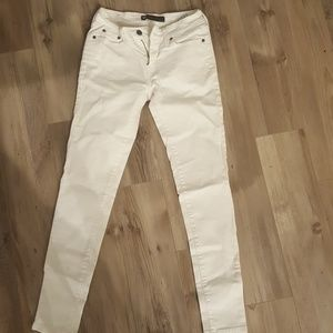 White levis womens legging jean